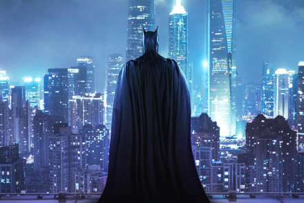 batman-standing-on-the-rooftop-r3